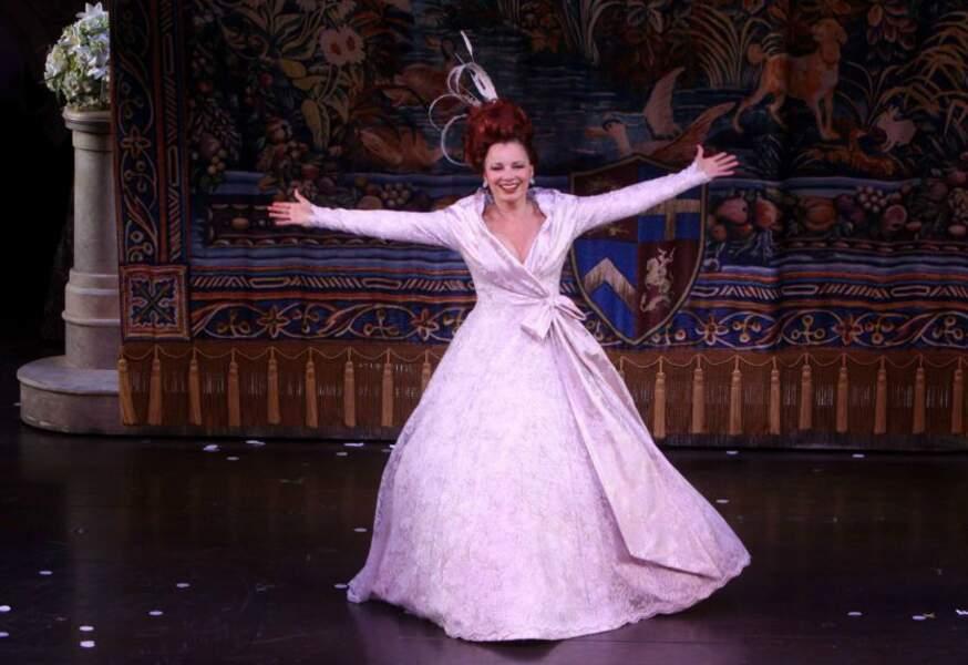 À Broadway, elle a joué la belle-mère dans l'adaptation de Cendrillon