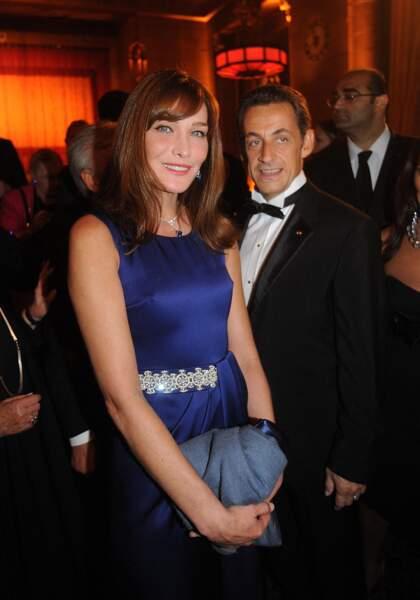 2008 Carla Bruni Sarkozy fière au côté de son Président de mari qui est honoré par la fondation Elie Wiesel pour l'humanitaire