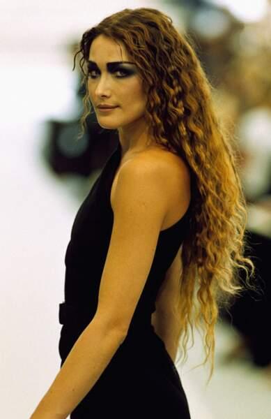 1997 Regard de braise et chevelure  botticellienne, pour Chanel