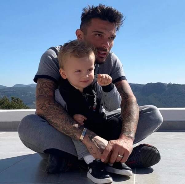 C'est aussi le cas de son collègue Julien Tanti, très proche de son fils Tiago