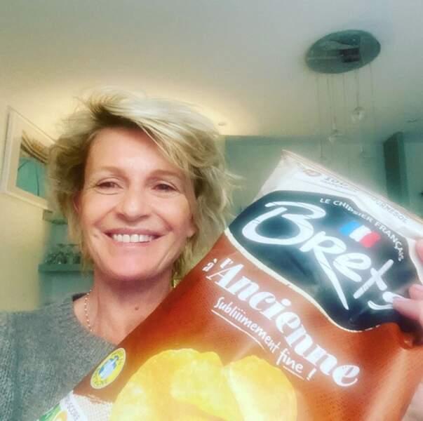 Nous, ça va. On suit le même programme que Sophie Davant : Des chips et des lettres.