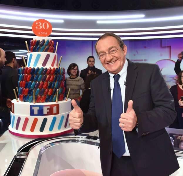 Jean-Pierre Pernaut a fêté de nombreux anniversaires durant sa carrière: ici pour ses 30 ans du 13  heures sur TF1 en février 2018