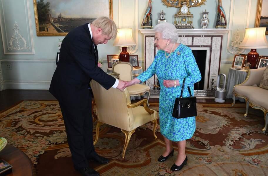 Juin 2019 Elisabeth II accueille à Buckingham Palace Boris Johnson, nouveau Premier ministre
