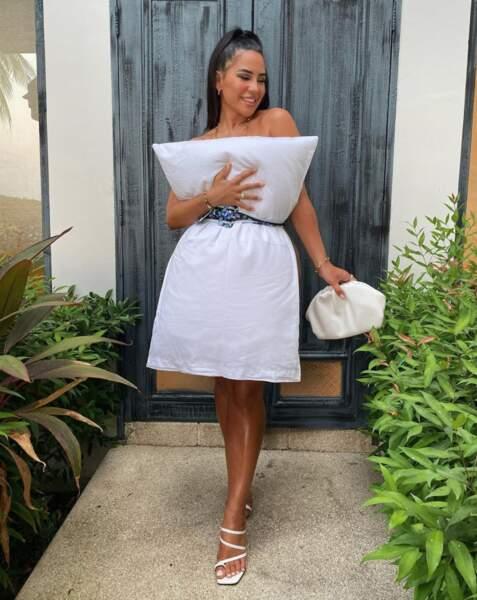 Milla Jasmine a utilisé l'oreiller de sa chambre d'hôtel pour relever le défi