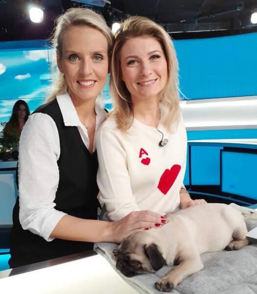 Sandra Ferreira prend la pose avec Sandrine Arcizet, et Wam, le célèbre chien des Men in Black !