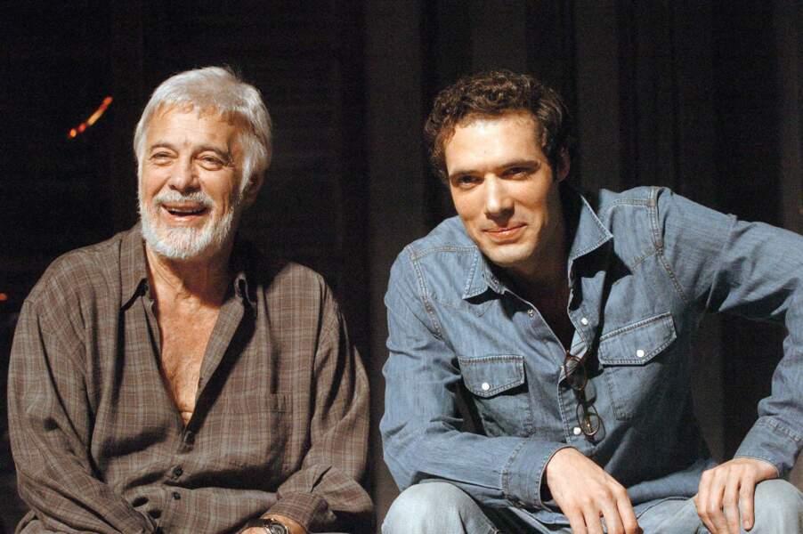 """Filage de la pièce""""Sortie de Scène"""" aux côtés de son fils Nicolas Bedos(2005)"""
