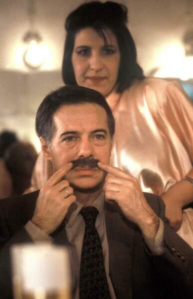 """1987 Guy Bedos sur le tournage du téléfilm """"Bonne chance Monsieur Pic ! """""""