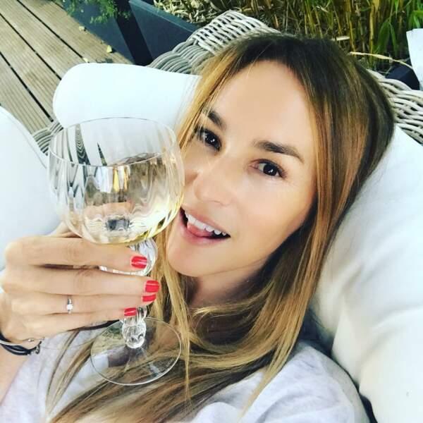 Vanessa Demouy dévoile son quotidien sur Instagram et elle s'éclate !