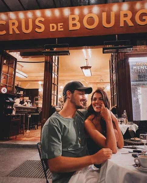 Et Iris Mittenaere et son petit-ami Diego ont profité des terrasses parisiennes en été.