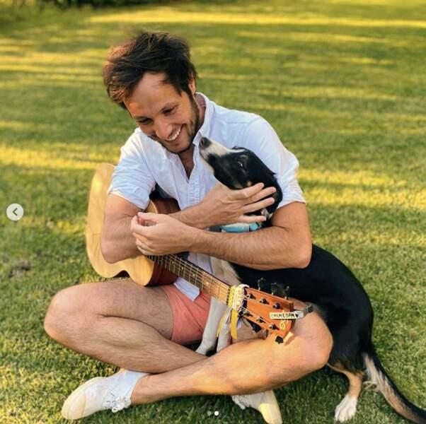 Vianney, lui, préfère son chien