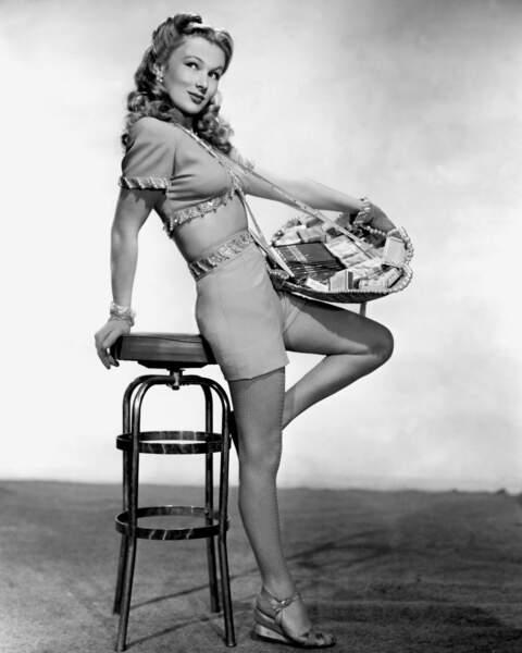 ... Tout comme l'actrice américaine Veronica Lake