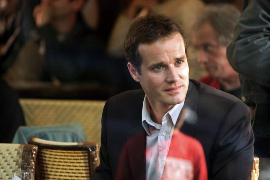Dans la saison 1, Guillaume Cramoisan jouait le mystérieux meilleur ami de Pierre Clément (Grégory Fitoussi)