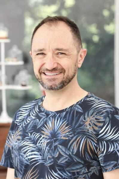 François-Xavier, 52 ans, est chef de produits informatiques