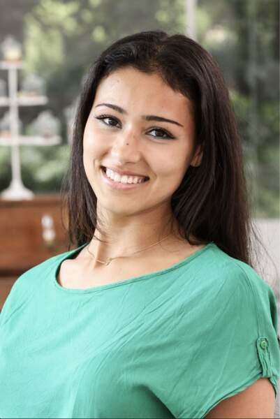 Siham, 23 ans, est étudiante en pharmacie