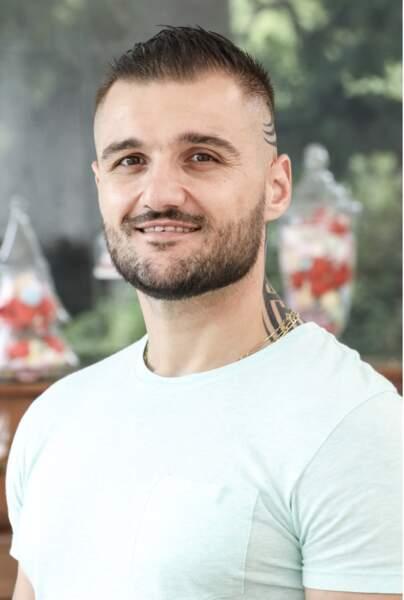 Jérémy, 31 ans, est agent territorial
