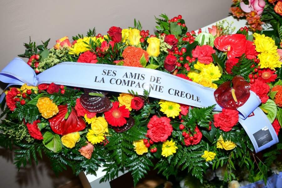 Un bouquet de fleurs de ses amis de La Compagnie Créole