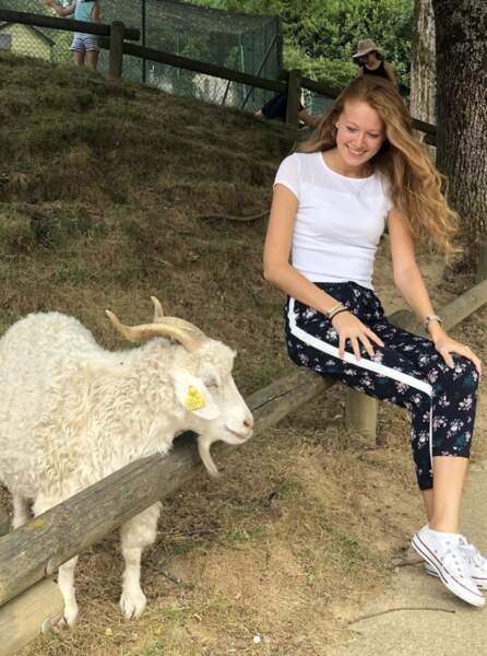 Et à en croire cette photo, Miss Limousin aime les animaux
