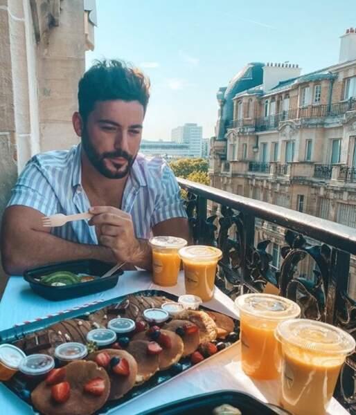 Anthony Matéo était sur Paris avec sa chérie