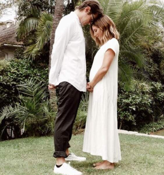 Toutes nos félicitations à l'actrice Ashley Tisdale, enceinte de son premier enfant.