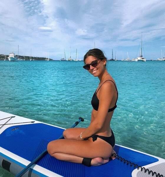 Lors de vacances en Corse, Lara Lourenço s'est essayée au paddle