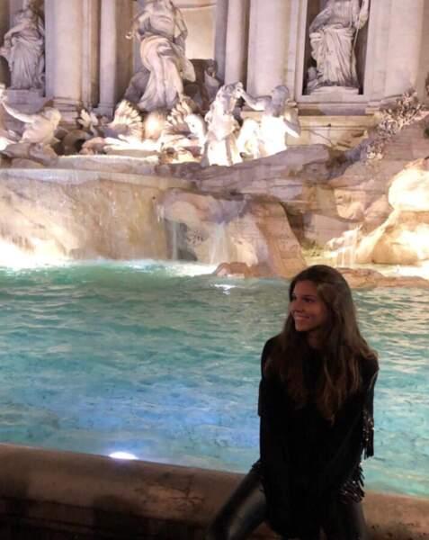 Petite trêve en Italie pour la Miss à la Fontaine de Trevi
