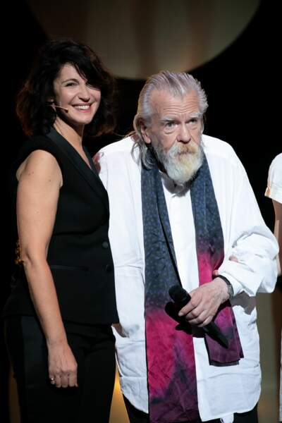 Michael Lonsdale, accompagnée de Zabou Breitman, a reçu un vibrant hommage du public lors de la cérémonie des Molières en 2018