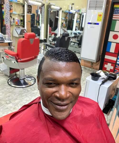 Marcel Desailly a fait un petit tour chez le coiffeur. Vous aimez ?