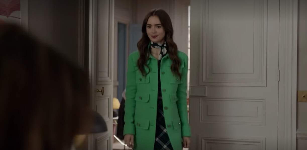 Superbe manteau en tweed vert de chez Chanel