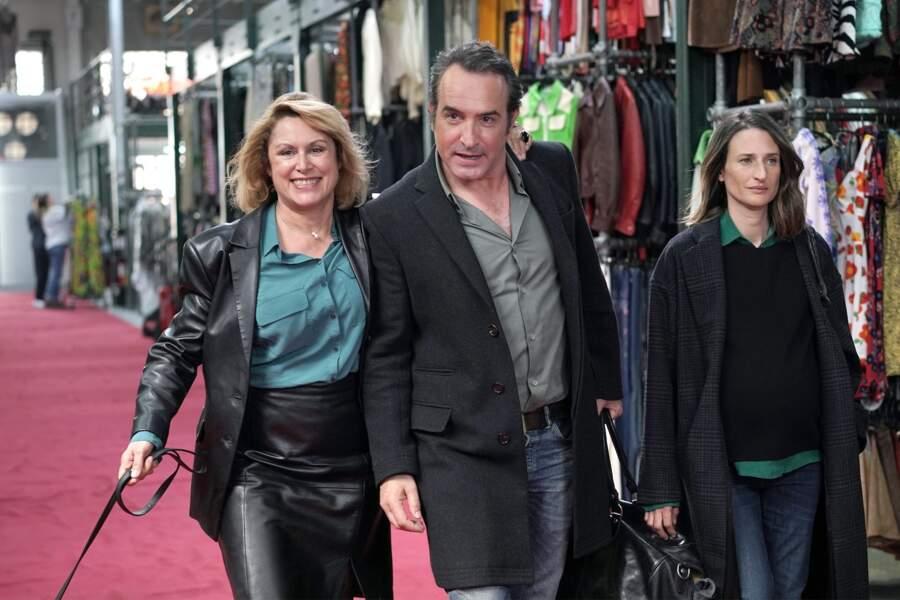Qui a oublié Jean Dujardin ? Bon là, ça ne se voit pas mais dans l'épisode, il restait coincé dans son rôle de déserteur. Hilarant !