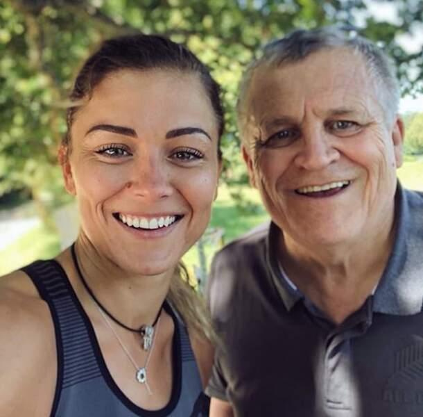 Laure Boulleau aux côté de son papa