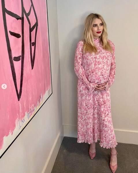 La future maman Emma Roberts était assortie à la décoration.