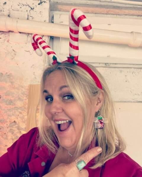 Et Valérie Damidot était encore plus en avance qu'elle, avec ses accessoires de Noël.