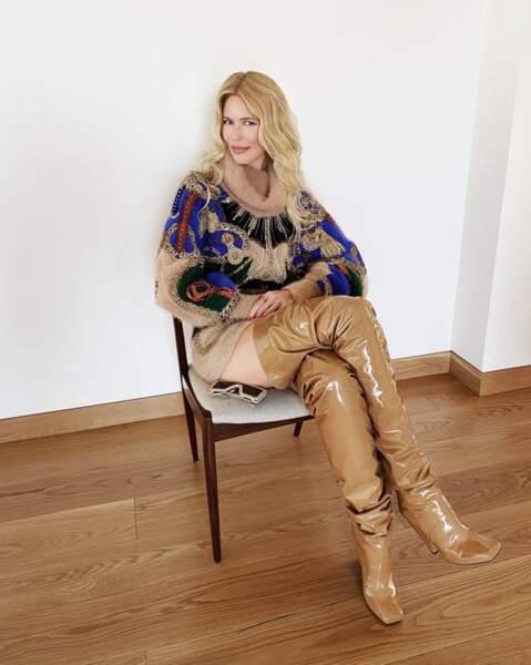 Et un peu de sexy avant de nous quitter : les jambières de Claudia Schiffer...