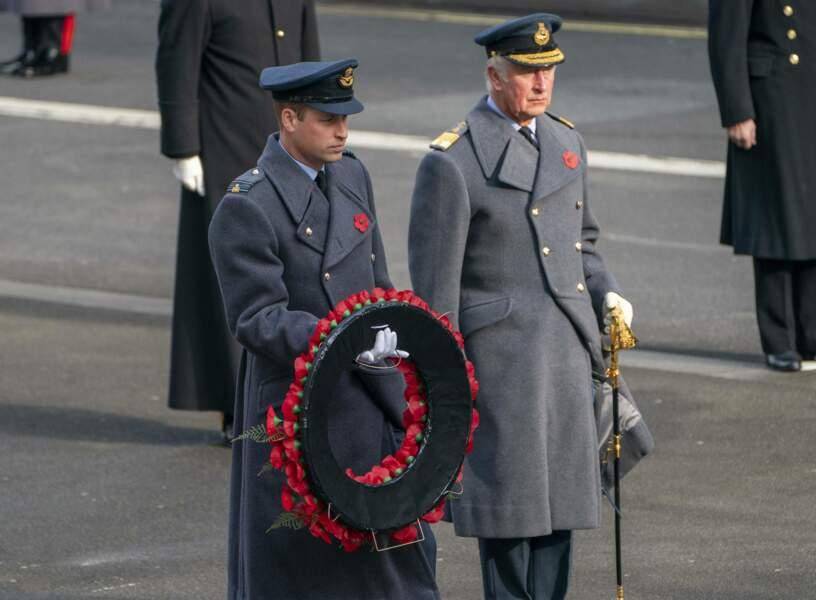 Charles et William rendent hommages aux soldats britanniques tombés au combat ce dimanche 8 novembre