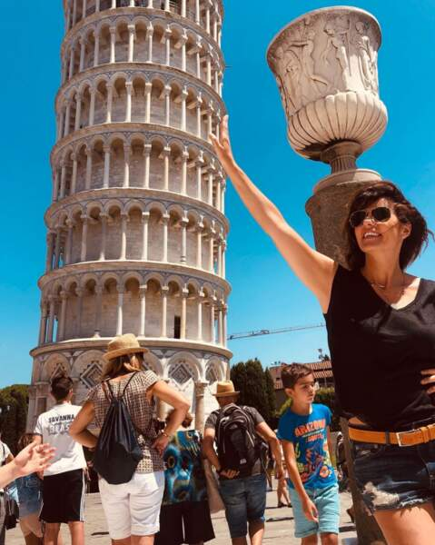 Faustine Bollaert s'éclate en Italie