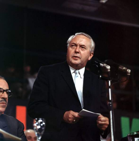Harold Wilson, la ressemblance est frappante. La saison 3 couvrira ses deux mandats.