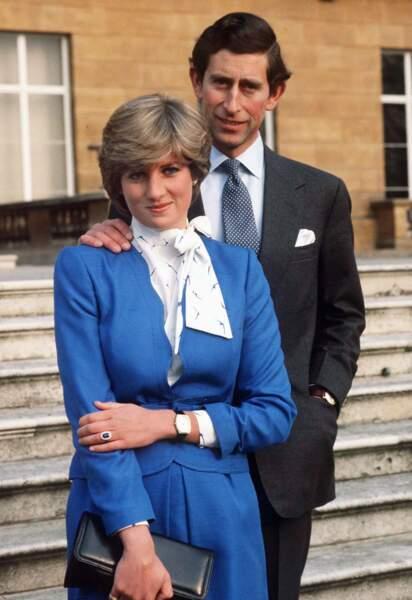 """Les fiançailles officielles le 24 février 1981face aux journalistes et la phrase terrible de Charles """"Whatever love means""""…"""