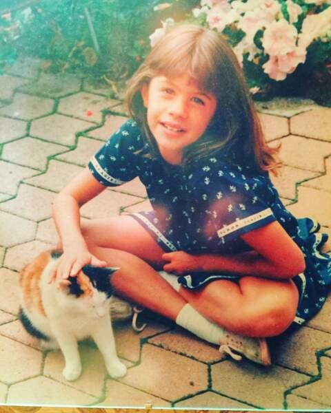 Pour terminer, voici une photo de Juliette Tresanini petite. On la reconnait bien !