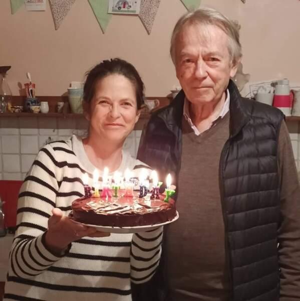 On souhaite un très bel anniversaire à Charlotte Valandray, 52 ans, ici aux côtés de son papa Jean-Pierre.