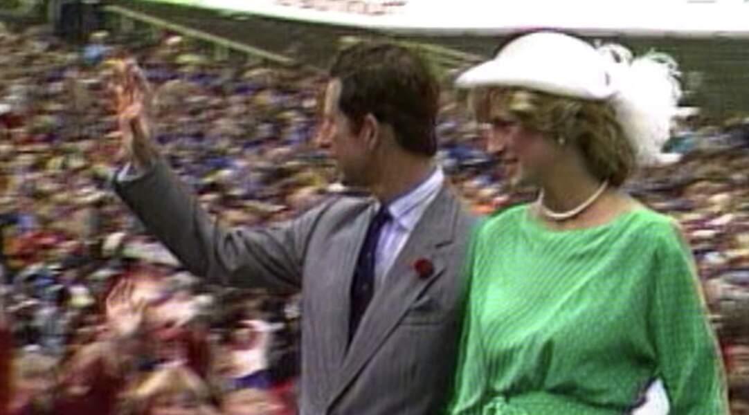En voyage officiel, Diana aimait se parer de couleurs vives. Le vert comptait parmi ses couleurs favorites.