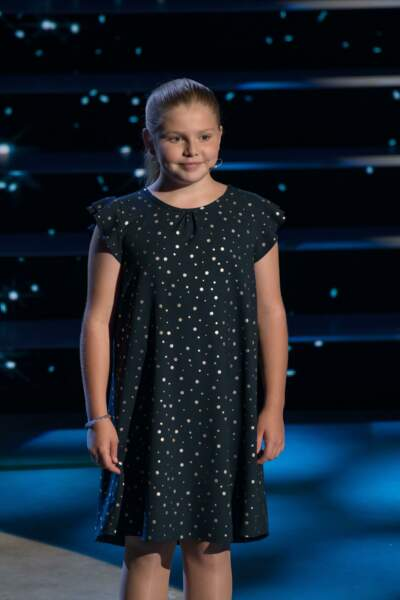 Elise, 9 ans, chant