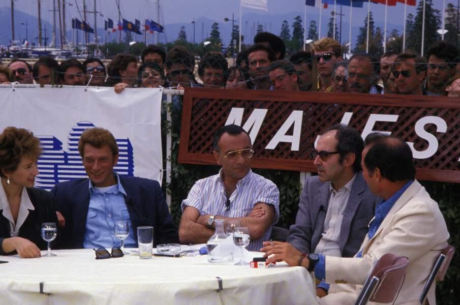 """L'équipe du film """"Détective"""" est invité par Yves Mourousi sur TF1 (1985)."""