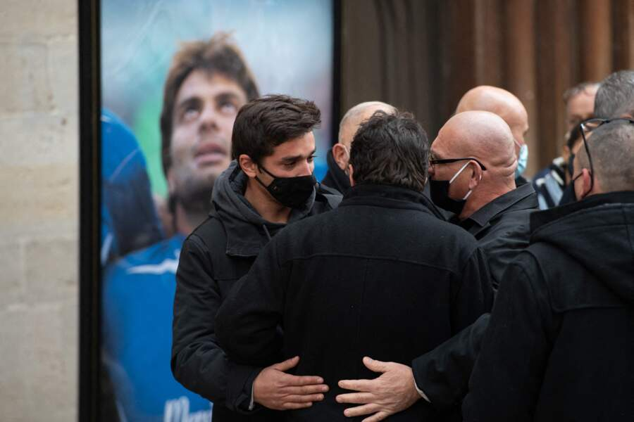 Parmi les visages connus, Bernard Laporte, le président de la Fédération française de rugby