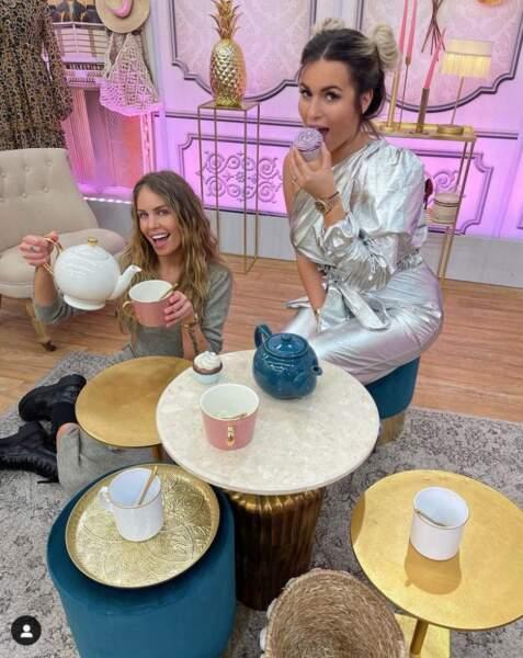 Carla Moreau et Adixia réunies sur le tournage des Reines du shopping