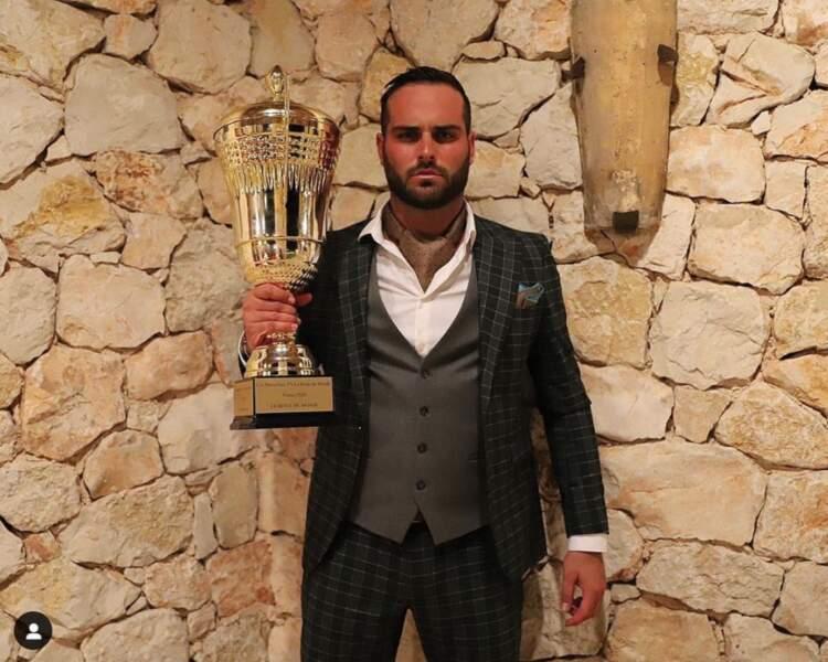 Nikola Lozina fête la victoire du Reste du Monde dans Les Marseillais VS le reste du monde