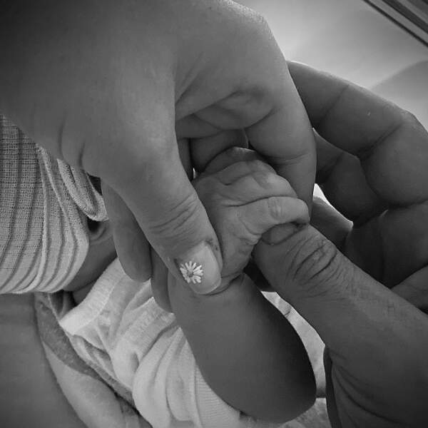 Daisy née le 27 août aurait les beaux yeux bleus de sa maman d'après les confidences d'Orlando Bloom lors d'une interview