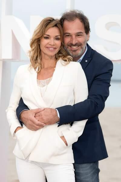 Ingrid Chauvin & Thierry Peythieu Après un mariage ultra romantique au Cap Ferret en 2011 et 10 ans de vie commune, l'actrice à créé la surprise générale en annonçant son divorce avec Thierry Peythieu le 11 novembre dernier.