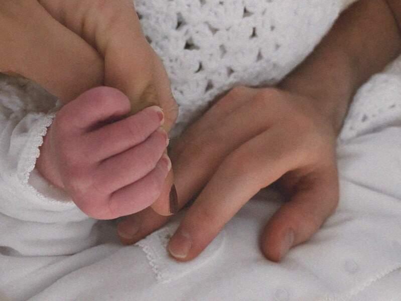 Après avoir gardé sa grossesse secrète, Louane a donné naissance à son premier enfant, née le 31 mars