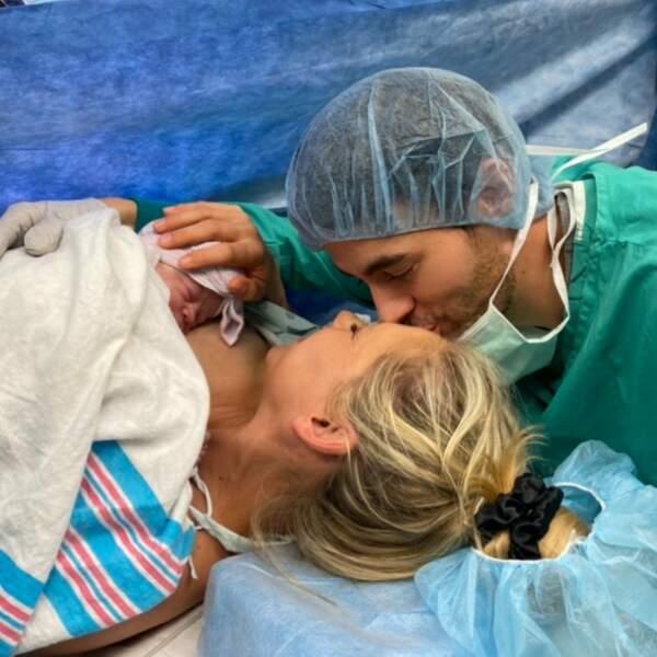 Après les jumeaux Nicholas et Lucy âgés de 2 ans; Anna Kournikova et Enrique Iglesias ont accueilli une petite fille le 30 janvier
