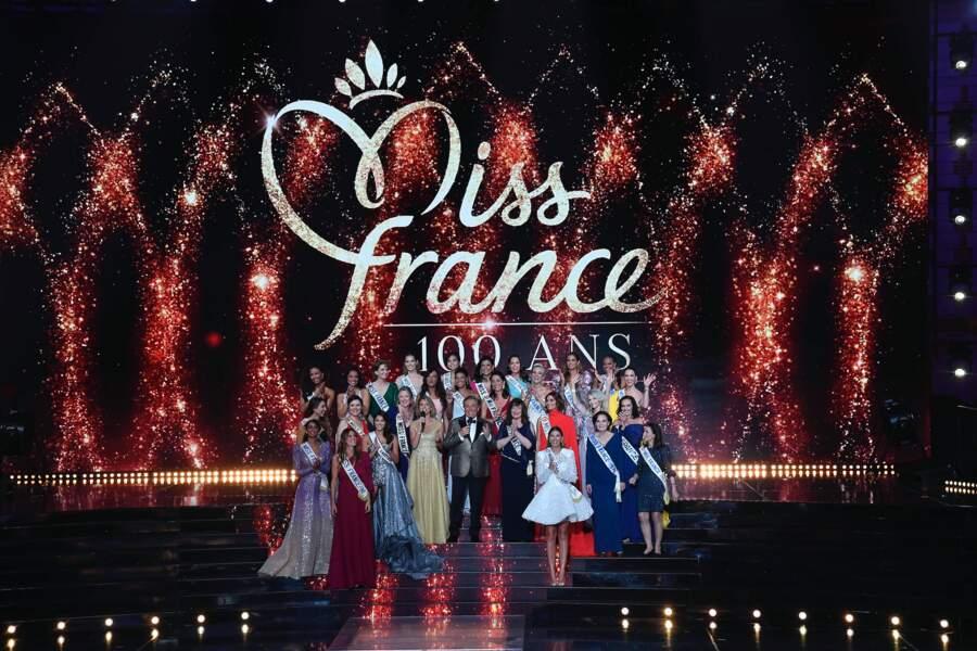 20 Miss France historiques ont ouvert le bal du centième anniversaire du célèbre concours de beauté